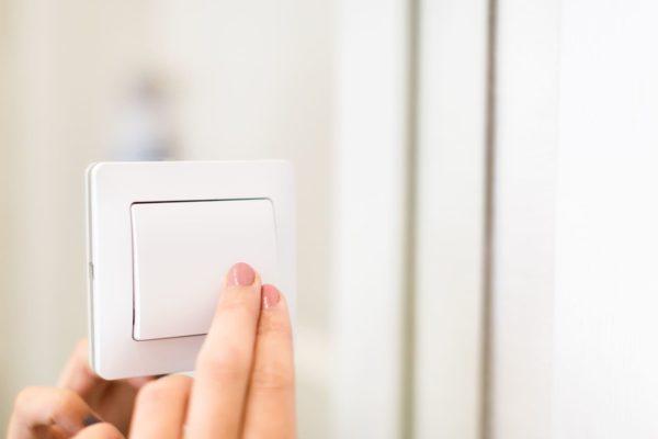 Como-Conectar-un-Interruptor-Simple