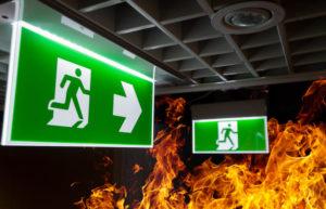 como-funciona-una-luz-emergencia